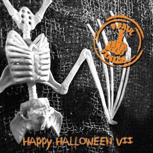 "Happy Halloween VII 7"" Single LTD-0"